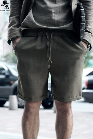 Standard Cool Linen Fabric Made Pleated Waistband Shorts