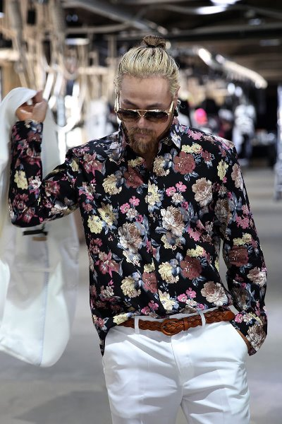 Big Floral Pattern Hidden Button Shirt