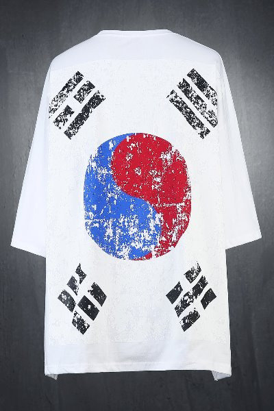 ByTheR Baggy South Korean Flag 3/4 Sleeve Shirt